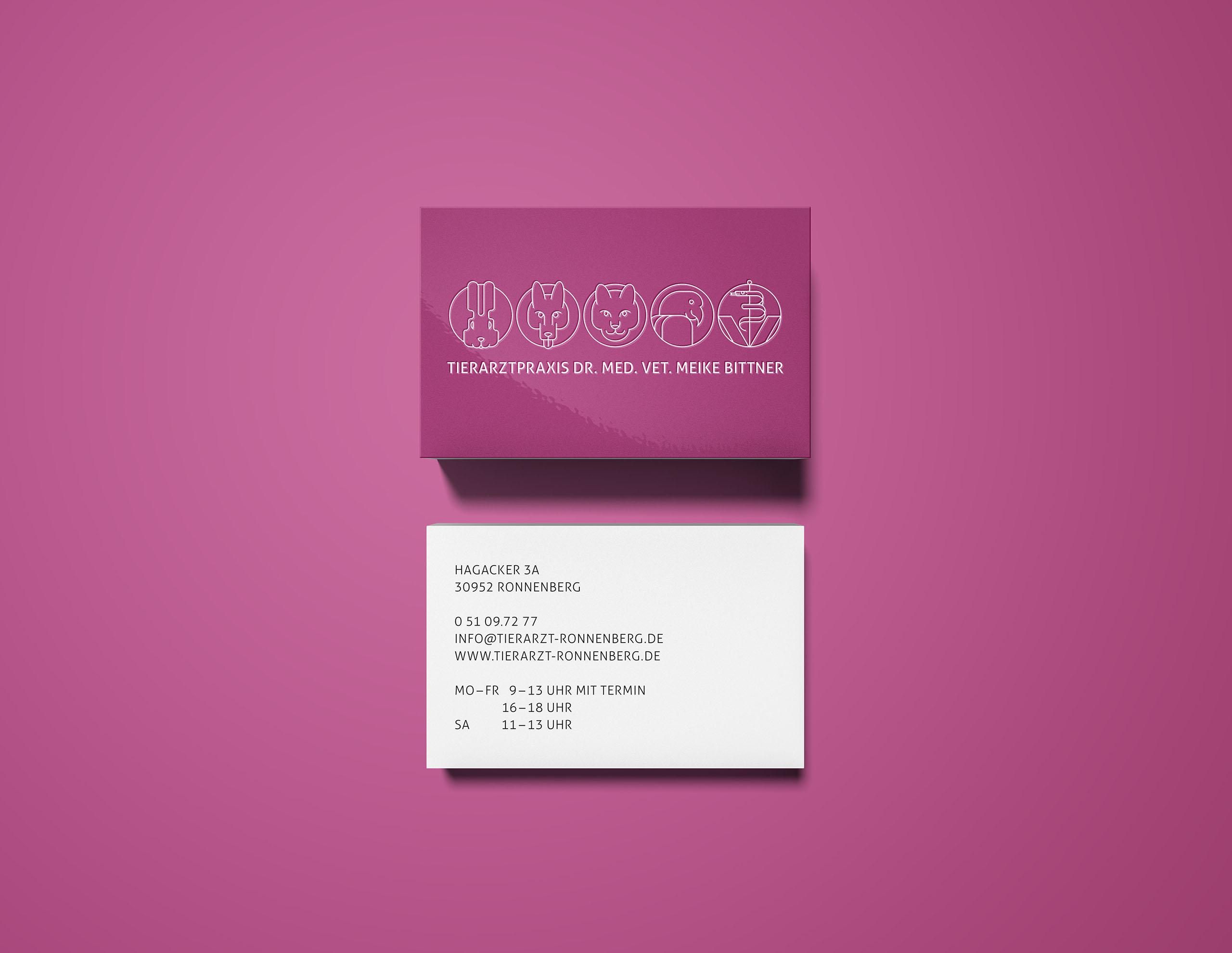 191213_Bittner_Overhead Business Card Mockup europa_2560x1920